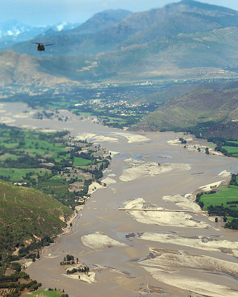 Swat_Valley_Bridge_ruined_by_flood_water